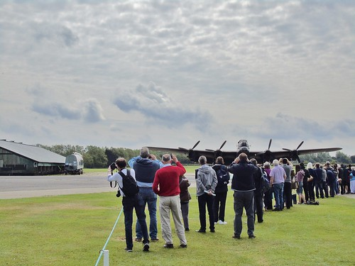 crowds avrolancaster lincolnshireaviation justjane clouds eastkirkby