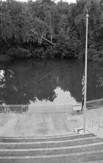 Camera/Film Test: 1956 Voigtländer Bessa I + ORWO NP22 (Expired 1990) + Rodinal 1+40