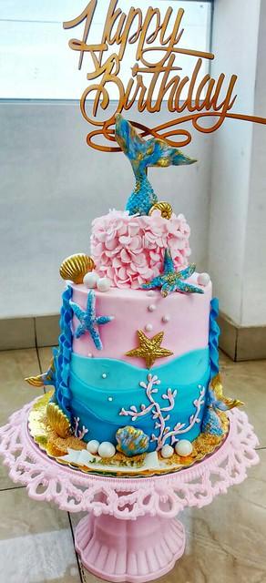 Torta Sirena by Gabriela Zavalla of D&G Tortas.Cupcakes.Dulces