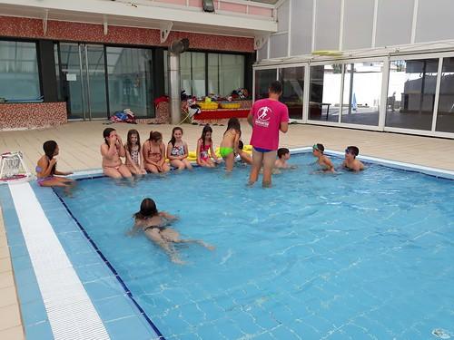 A la piscina (10)