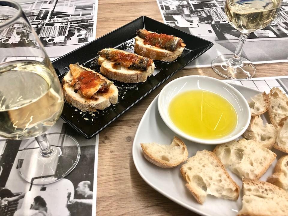 Cosa mangiare in Portogallo? Sardinhas Assadas