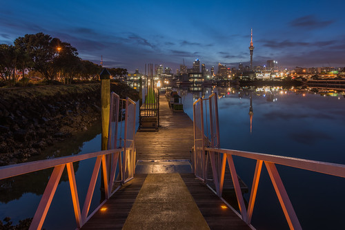 blue hour dawn calm harbour marina lights city reflections leadinglines boardwalk jetty cityscape landscape nikon