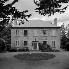 Maplelawn Manor
