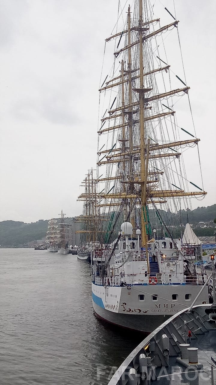 Participation de la frégate Tarik Ben Ziyad à l'Armada de Rouen 2019 48010533812_8980d734e8_o