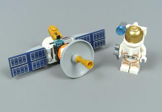 Review: 30365 Satellite