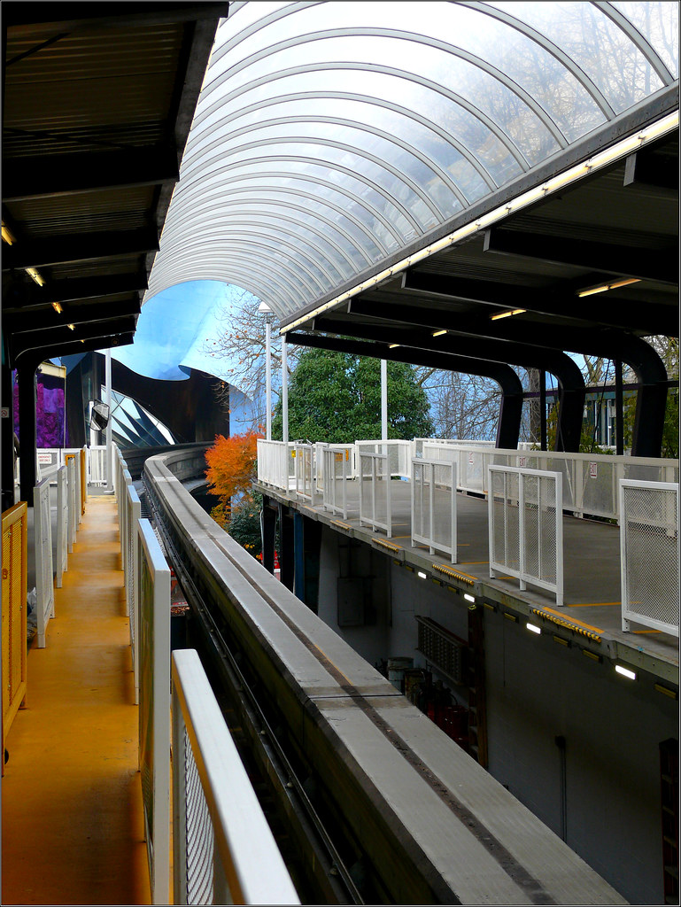 1210319Aa monorail station