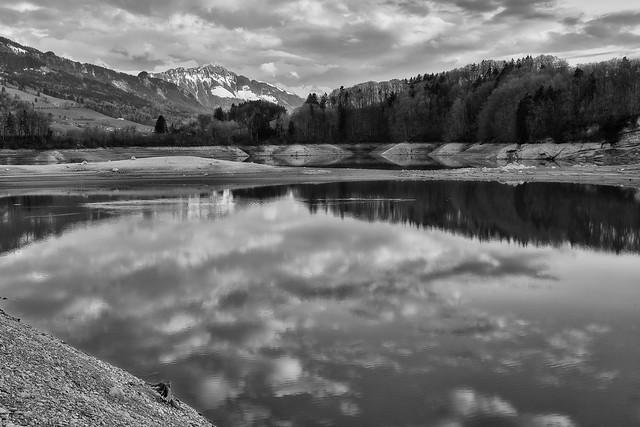 Lac de la Gruyère – Reflections