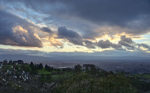 sanjose california usa siliconvalley sanfranciscobay sanfranciscobayarea southbay mthamilton mounthamiltongrandviewrestaurant house sunset sky tree landscape mountain city outdoor cloud cloudy sony a7 a7ii a7mii alpha7mii ilce7m2 fullframe fe2870mmf3556oss 3xp raw photomatix hdr qualityhdr qualityhdrphotography fav100