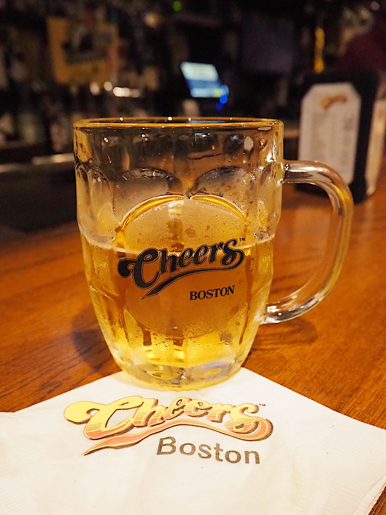 Cheers bar boston beacon hill