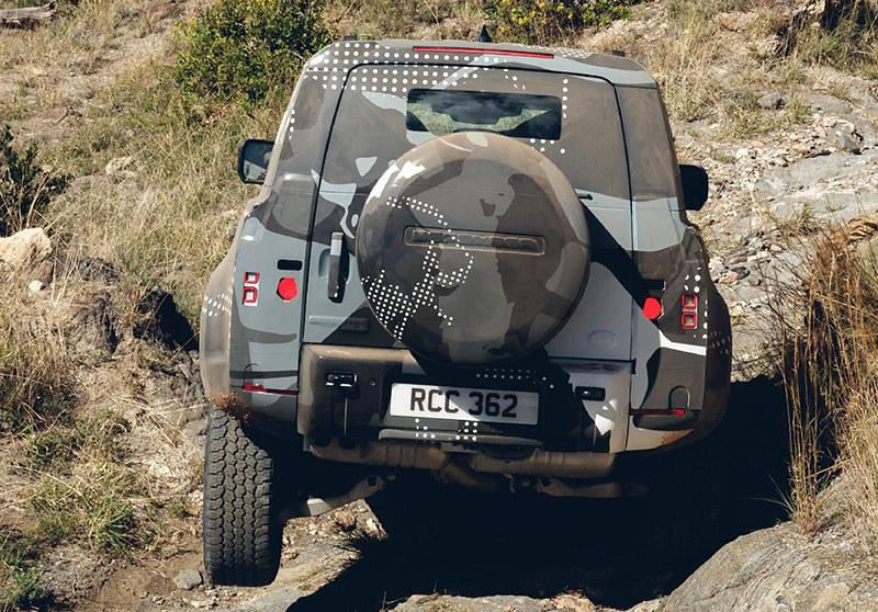 518cd04b-2020-land-rover-defender-16