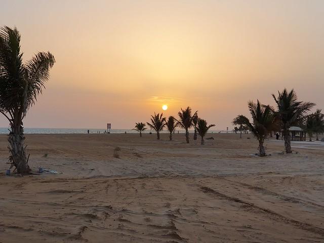Sunset  #withgalaxy #samsungs10 #samsung #samsunggalaxys10 #yanbu #yanbu_ksa #ksa #galaxys10 #samsungmobile #waterfront #sea #beach #palmtrees #datepalm #bliss #sunset #sun #sand