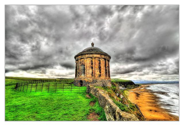 Castlerock NIR - Mussenden Temple 02