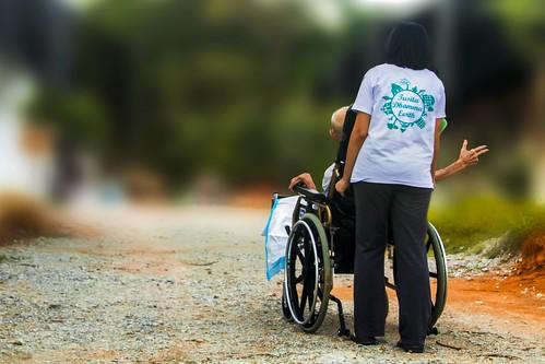 disability-disabled-elder-care-271345