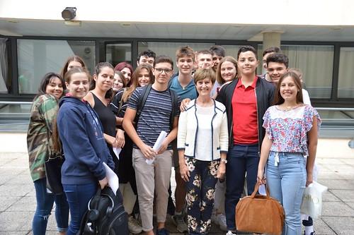 Surprise élèves Départ en retraite Mme Giuliani Juin 2019