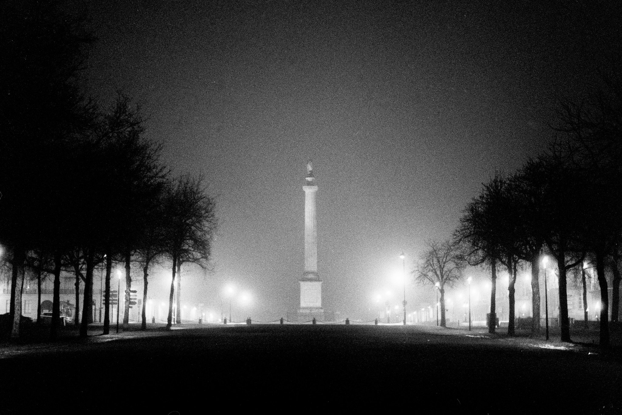 monument at fogy night