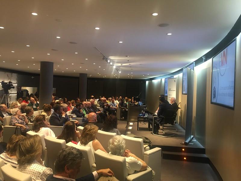 Encuentro en el Auditorio del Banco Sabadell