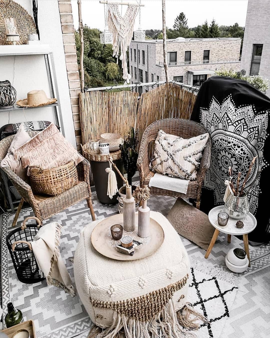 Neutral Bohemian Patio Ideas | Wicker Furniture | The Best Decorated Small Outdoor Balconies on Pinterest | Small Patio Decor Ideas | Boho Apartment Patio Inspiration | Outdoor Furniture Inspiration