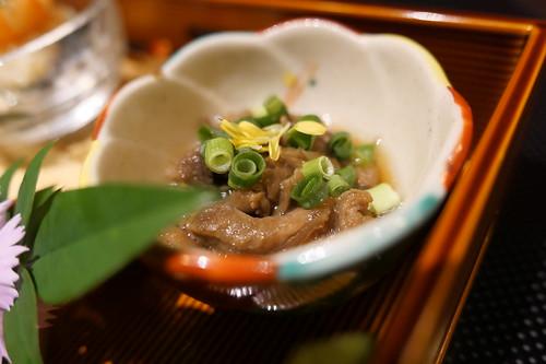 牛肉のしぐれ煮 前菜 ・季節の前菜盛り合わせ すき焼き 飯田 13