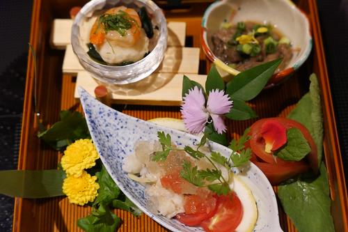 前菜 ・季節の前菜盛り合わせ すき焼き 飯田 11