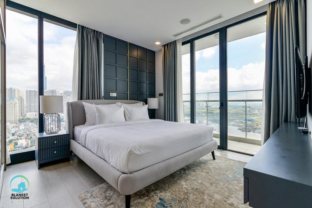 Bán căn hộ Vinhomes bason Aqua4 lầu cao 56
