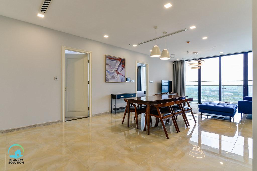 Bán căn hộ Vinhomes bason Aqua4 lầu cao 40