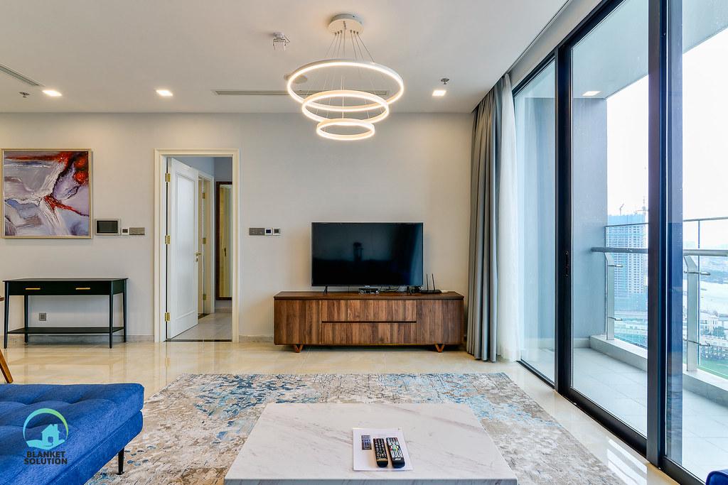 Bán căn hộ Vinhomes bason Aqua4 lầu cao 39