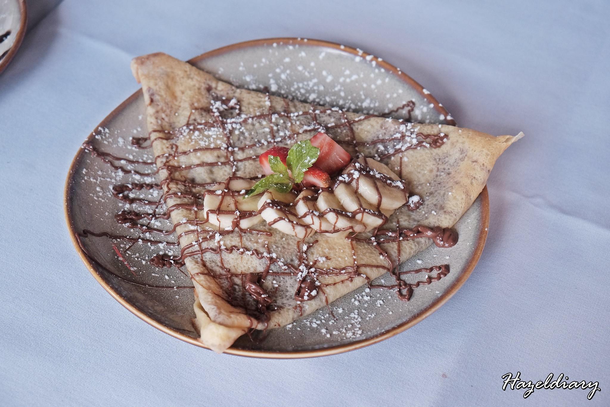Les Bouchons Rive Gauche-crepe with nutella