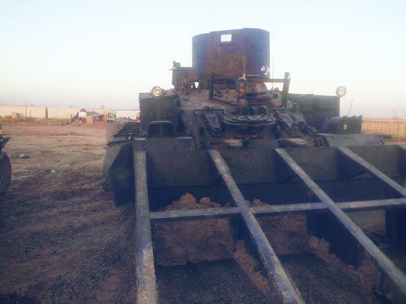 FV4204-Chieftain-Mk7-ARV-iraq-2016-twos-3