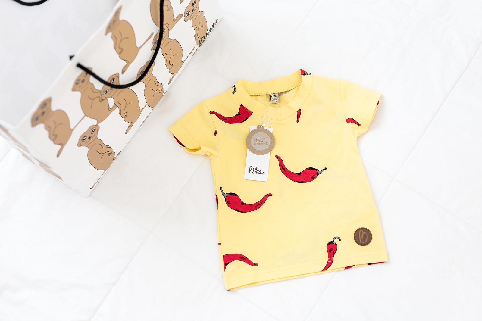 blaa t-paita