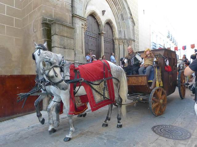 Boda regia en Valencia de Alcántara (Fotografía de la web http://www.turismotajointernacional.com)