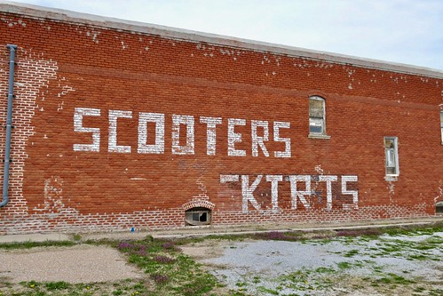 Scooters and Skirts, Verdon, NE