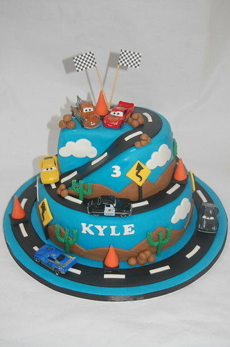 Awe Inspiring 2 Tiered Disney Cars Cake Beautiful Birthday Cakes Funny Birthday Cards Online Eattedamsfinfo