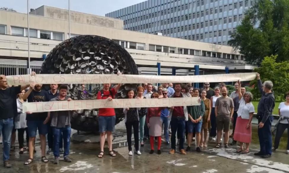 Szegedi biológusok álltak ki az MTA függetlenségéért