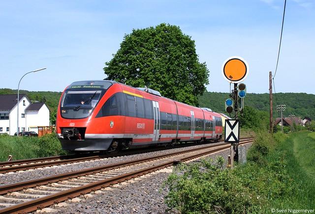 643 043 auf der RB30 von Remagen nach Dernau bei Bad Bodendorf am 14.05.12