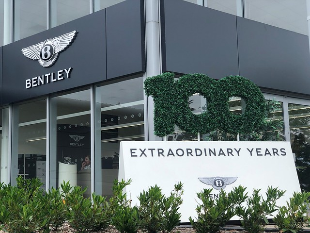 Grange Bentley - Extraordinary Dinners Celebrating 100 Years of Bentley Motors