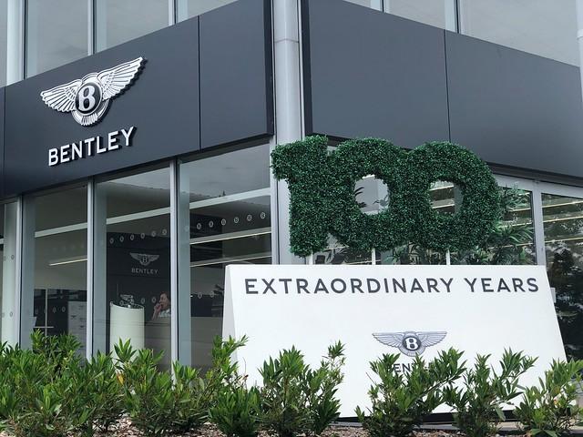 Grange Bentley - Extraordinary Dinners Celebrating 100 Years of Bentley Motors