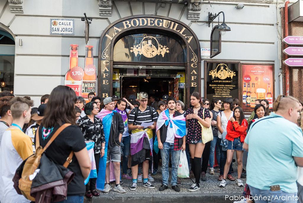 protesta agresion trans_la bodeguilla_marca de agua_foto-Pablo Ibáñez