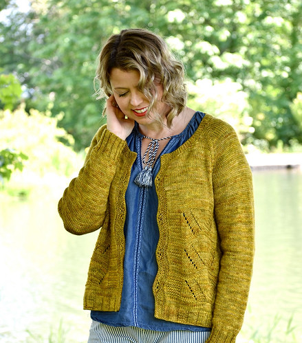 Foxtrot Cardigan is Marie Greene of Olive Knits 4 Day KAL project!