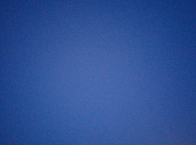Clear electric blue sky, near night #toronto #twilight #spadina #electricblue #blue #sky #derekjarman #dlws