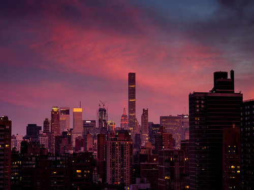 sunset usa nyc manhattan olympus omd 1240 pink sky skyscape skyline empirestatebuilding 纽约 abendzauber ньюйо́рк mlarsk