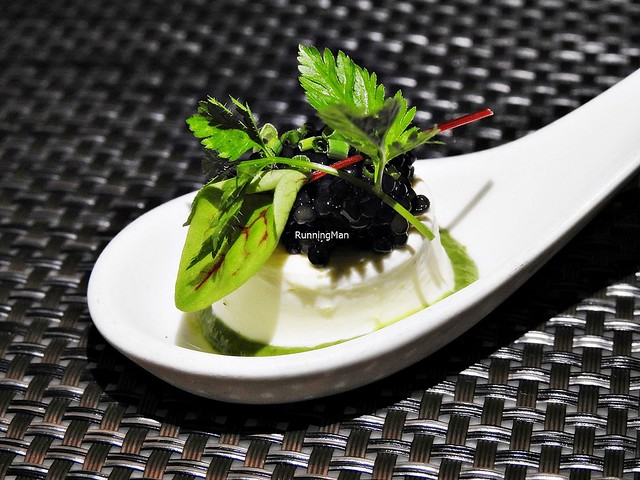Sour Cream Panna Cotta, Oscietra Caviar, Chives