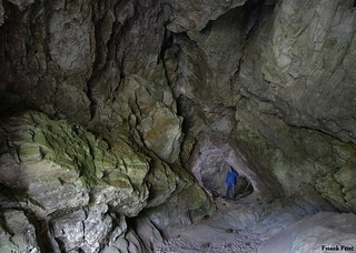Daniel au fond de la Grotte de Sous Roche - Deluz
