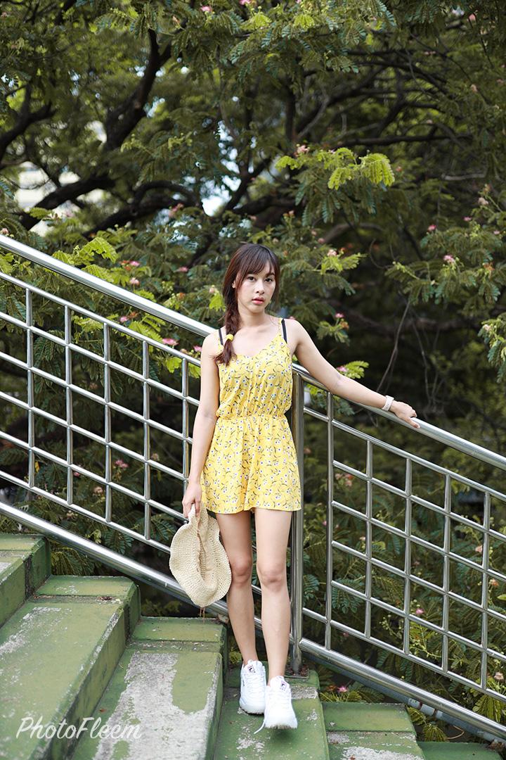 โทนสีเขียวอมเหลือง แต่งด้วย Meitu