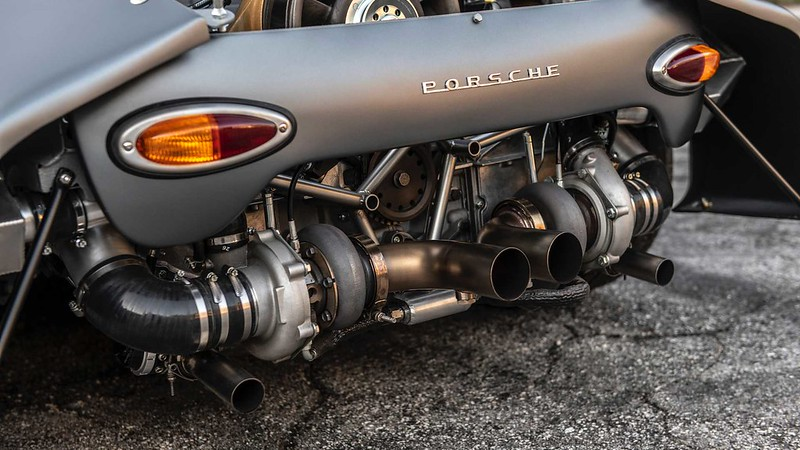 1960-porsche-356-rsr-by-emory-motorsports (8)