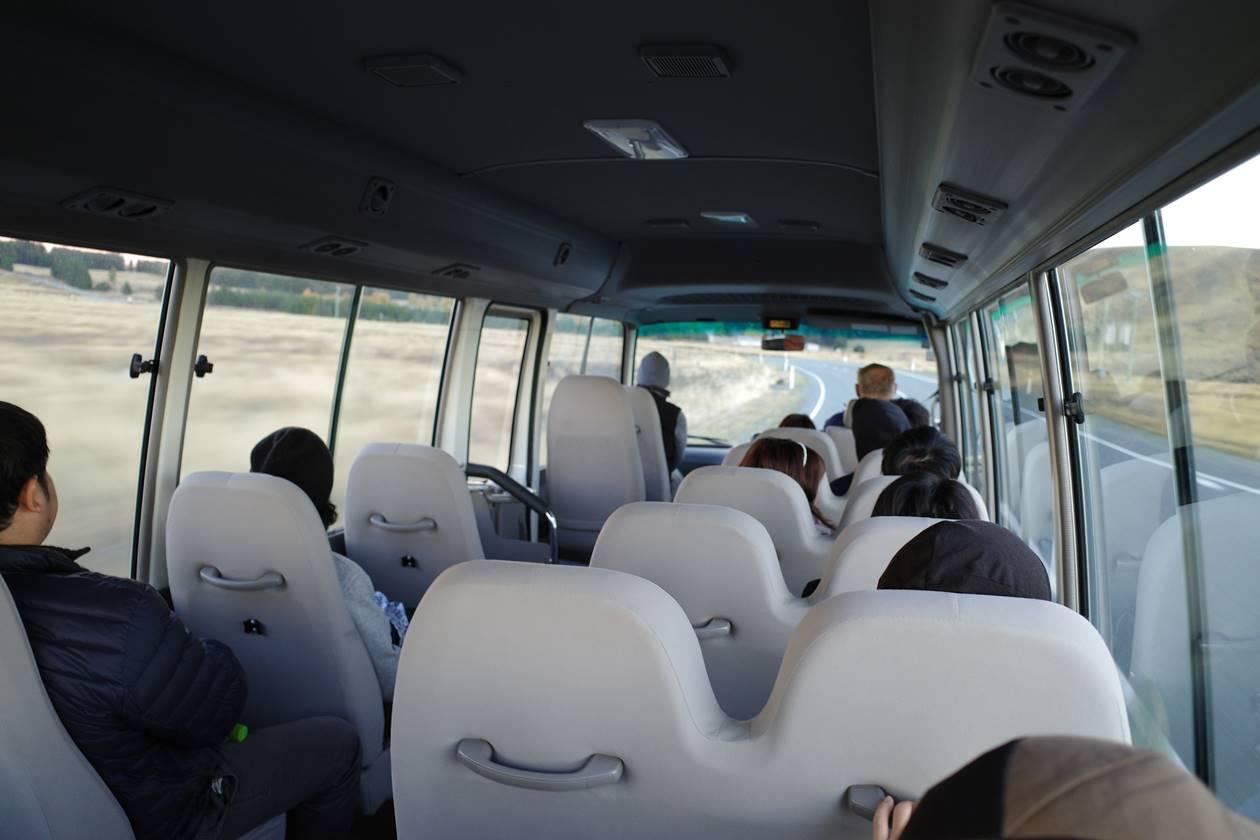 クックコネクションバス車内