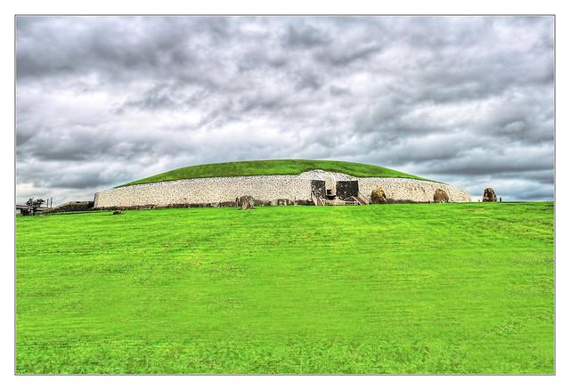 Newgrange IR - Sí an Bhrú