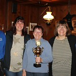 Pokalübergabe an die Landfrauen Unterkulm                         für den 1. Rang im Endschiessen der Frauen