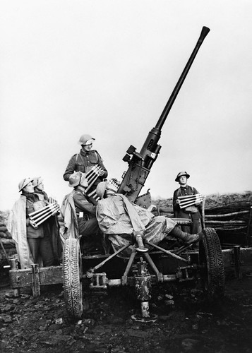 British Army 40mm Bofors anti-aircraft gun and crew near Douai, November 1939.