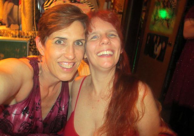 20180713 2212 - Blood Red party - Jill, Carolyn - 05122282