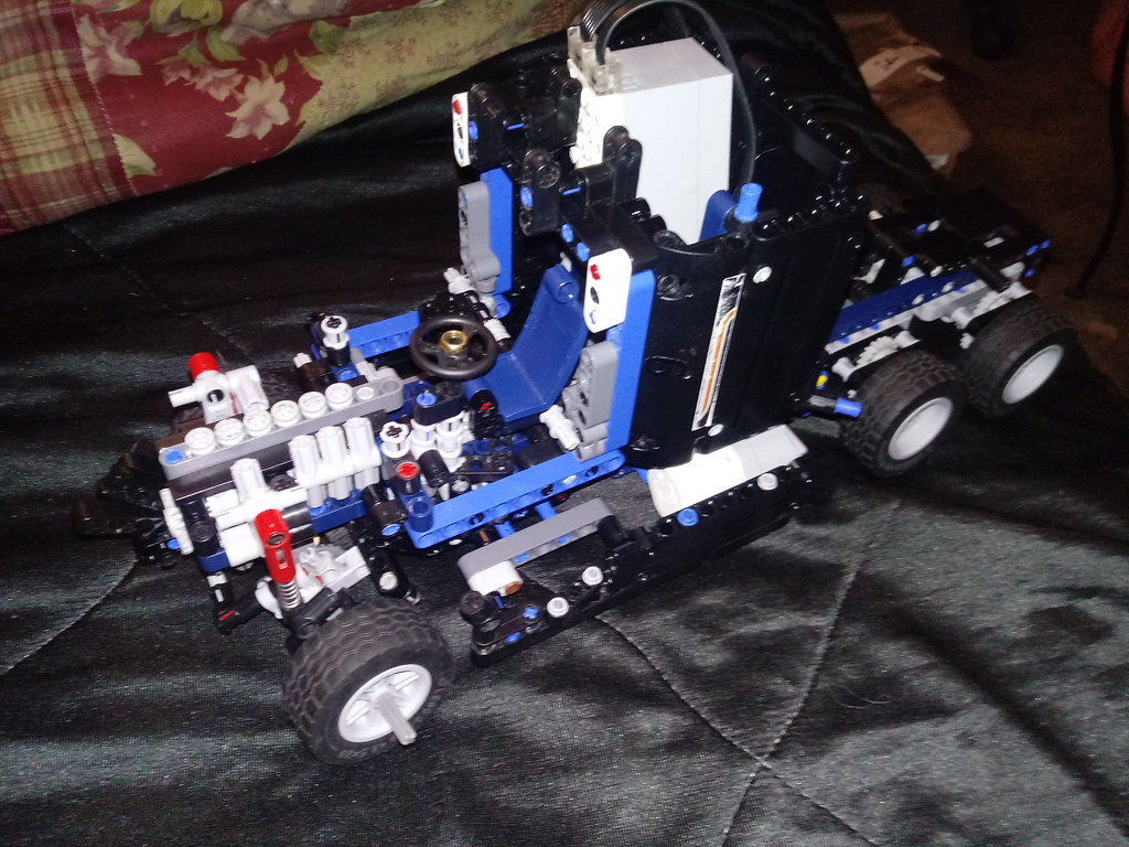 Lego Technic 42078 mod Road King